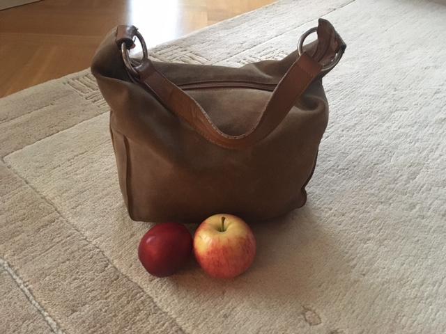 Laadukas käsilaukku